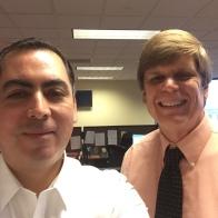 Con el Jefe de Investigación Comercial de BBB de St. Louis, Bill Smith